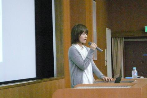 キャリア形成(卒業生による授業内講演)