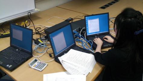 情報ネットワーク論・実習(CCNA対応カリキュラム)