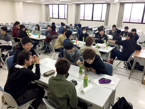 経営学部新1年生のフレッシュマンスクールが開催されました